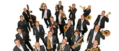 KELAG BIG BAND featuring CHRIS OLIVER