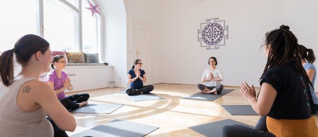 Yoga für Schwangere / Pränatal