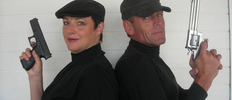 "Maria Neuschmid & Jörg Adlassnig ""HÄNDE HOCH"""